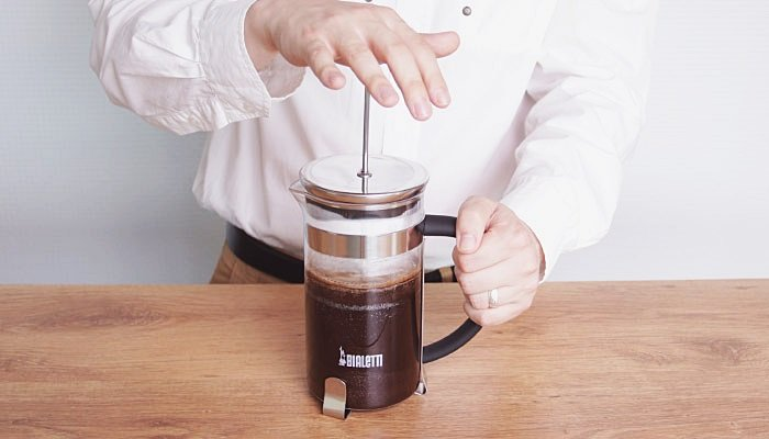 FRENCH PRESS. Kohvisemu