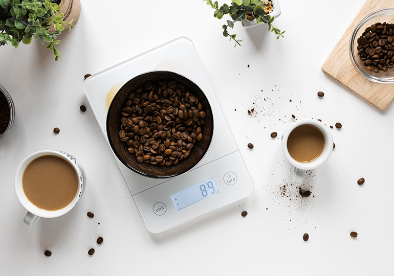 Kofeiini Eelised: Lihtsam Kaalujälgimine